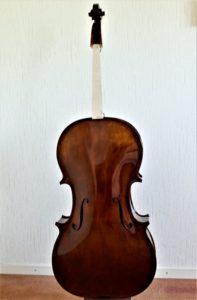Cello gelakt